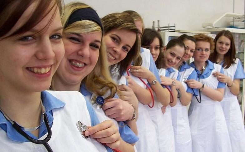 Information About Certified Nursing Assistants (CNAs)