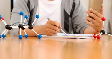 Opt for the Best MCAT Prep Courses and Crack the Examinations