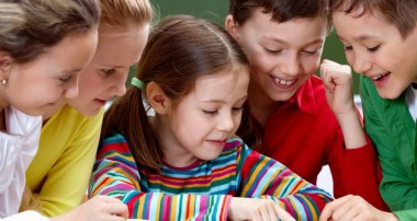 Make use of phonics and ignite the mind of young kids
